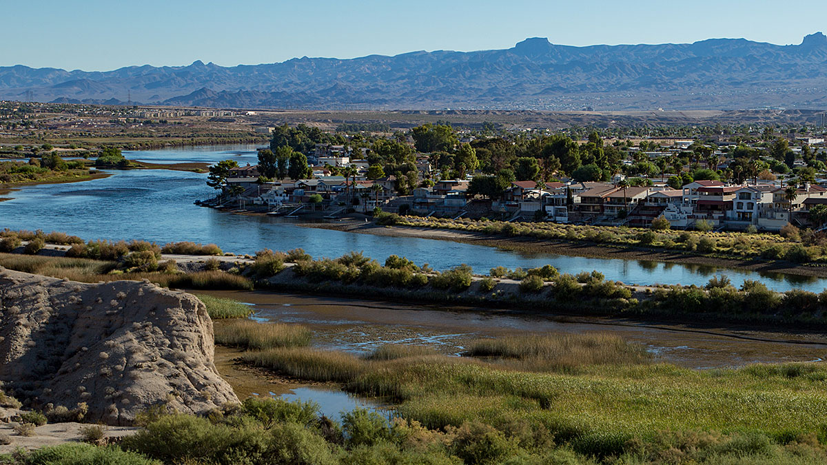 The river winding through Laughlin, NV